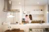 真っ白な地中海風の木造住宅