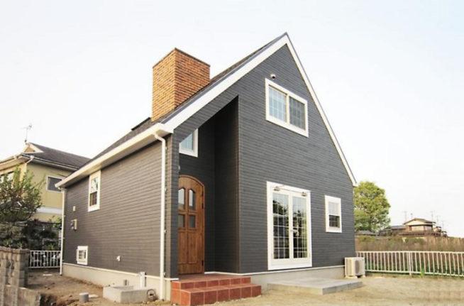 煙突が似合うカントリーな家 新築木造住宅