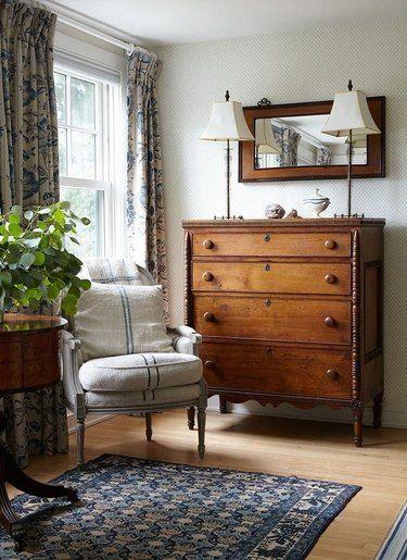 カントリースタイルを演出する家具